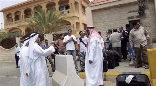 الكويت تنضم إلى السعودية والبحرين وتدعو رعاياها لمغادرة لبنان