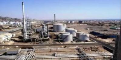 مصفاة عدن ترفع فاتورة بيع مادة البنزين لشركة النفط