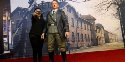 """متحف في إندونيسيا يزيل تمثال هتلر بسبب """"السيلفي"""""""