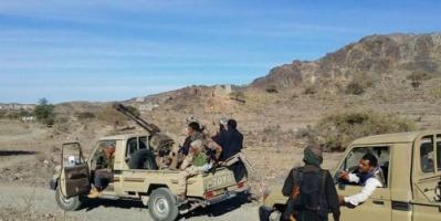 مقاومة البيضاء بإسناد من طيران التحالف تستعيد مواقعا جديدة من يد الحوثيين وتأسر ضابطاً في الحرس الجمهوري الموالي لصالح
