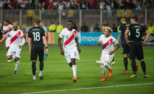 بيرو تعود إلى كأس العالم بعد 25 عاما من الغياب