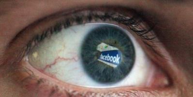 """غوغل وفيسبوك تطلقان """"علامات ثقة"""" ضد الأخبار الكاذبة"""