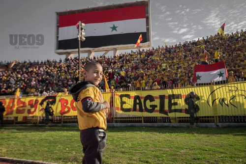 سوريا : بادرة إنسانية مميزة من نادي تشرين تجاه طفل صغير