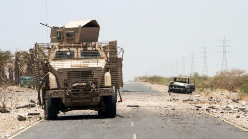 مصادر محلية: الحوثيون زرعوا مئات الالغام في منطقة الصليف والشريط الساحلي لها تحسباً لأي عمليات عسكرية للتحالف