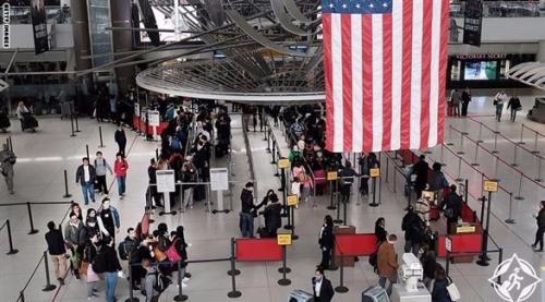 البيت الأبيض يطالب المحكمة العليا السماح بإنفاذ أمر حظر السفر بالكامل على مواطني 6 دول من ضمنها اليمن
