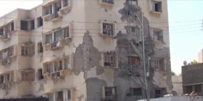 تصدعات البنايات في شارع مدرم .. مؤشرات خطر وكوارث موقوته
