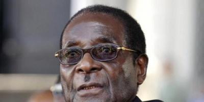 موغابي يستقيل من رئاسة زيمبابوي بعد 37 عاماً من الحكم