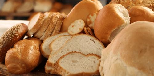 مخبز فنلندي ينتج رغيفًا مصنوعًا من مسحوق صرصور الليل.. وهذا سعره