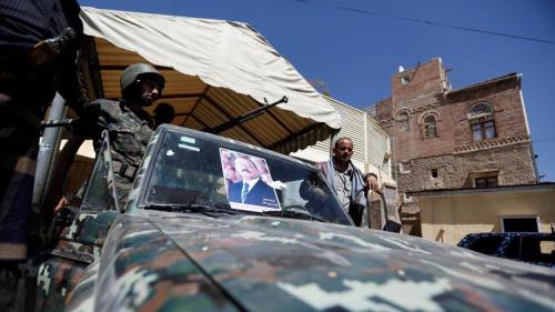 انتشار سري لقوات صالح بشوارع صنعاء استعداداً لمواجهة عسكرية محتملة مع الحوثيين