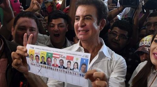 نصرالله يتصدر نتائج الانتخابات الرئاسية في هندوراس