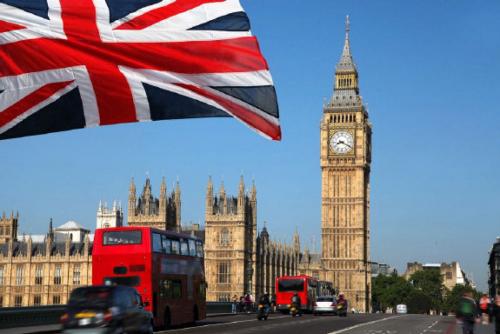 """بريطانيا """"تُفشي أسرار"""" طالب لجوء لدبلوماسي إيراني"""