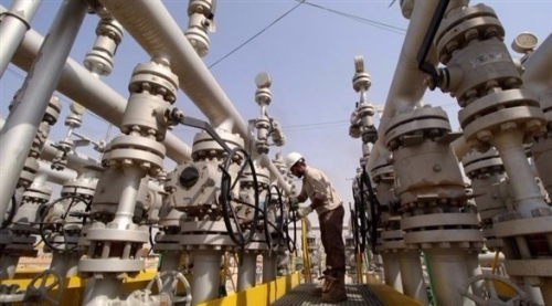 هبوط أسعار النفط بعد استئناف عمل خط أنابيب والشك في تخفيضات أوبك