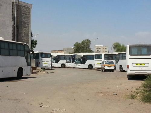 المؤسسة العامة للنقل البري بعدن ..منشأة عملاقة دمرها الاحتلال وأحيتها إمارات الخير والعطاء