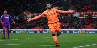 هل يفوز محمد صلاح بجائزة لاعب الشهر بالدوري الإنجليزي؟