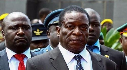 رئيس زيمبابوي يعين مسؤولين عسكريين في مناصب وزارية