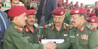 """ترحيب علي محسن بدعوة صالح... هل هي أولى الخطوات لإعادة إنتاج تحالف """"7 / 7""""؟"""