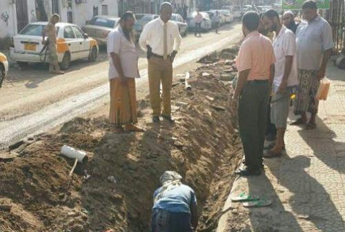 بدء مشروع تأهيل وتغيير أنابيب المياه في شوارع وأحياء مديرية صيرة