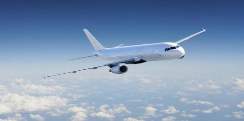 """طائرة تغير مسارها وتهبط اضطراريًا بسبب """"المراحيض"""""""