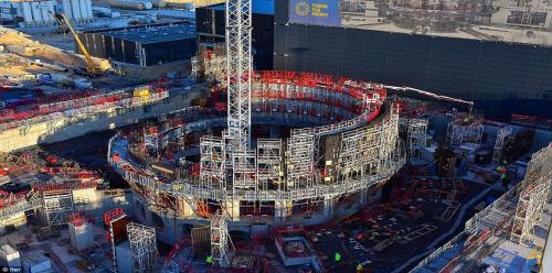 الآلة الأكثر تعقيدًا في العالم ستولد طاقة نووية هائلة