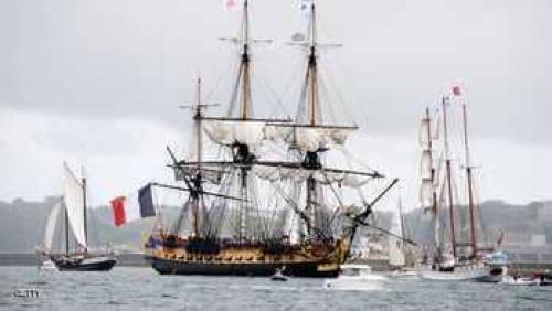 """سفينة """"دعم الأميركيين ضد الإنجليز"""" تبحر مجددا"""