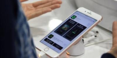 اختبار يحذر من أجهزة شحن الأيفون المزيفة