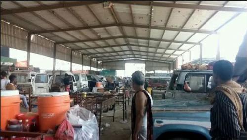 مقتل شخص في اشتباكات سوق القات بالمنصورة