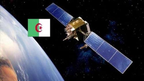 """الجزائر تطلق قمر """"ألكوم سات1"""" الاصطناعي"""