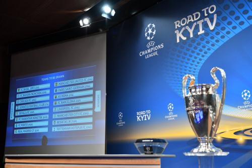 قرعة الدوري الثاني  لدوري أبطال أوروبا تضع برشلونة وريال مدريد في مواجهات نارية