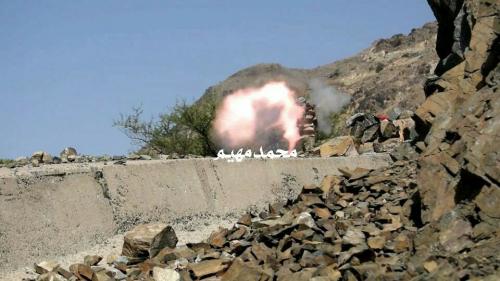 #ابين : مواجهات عنيفة بين #المقاومة_الجوبية ومليشيات الحوثي في جبهة #ثرة
