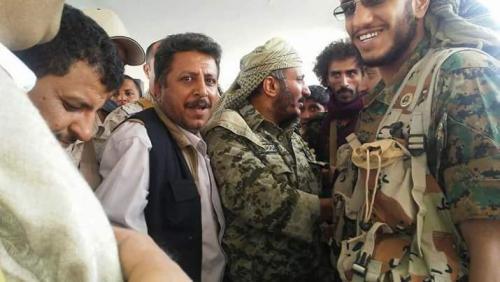 (حصري)... طارق صالح يتواجد في مأرب واتصالات لتأمين وصوله إلى مقر قيادة التحالف