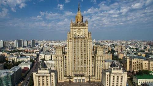 موسكو: نرفض ذرائع التحالف بقيادة واشنطن بشأن إبقاء القوات في سوريا وانتهاك سيادتها