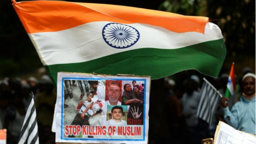 هندوسي يقتل مسلماً بطريقة وحشية وينشر جريمته على مواقع التواصل الاجتماعي