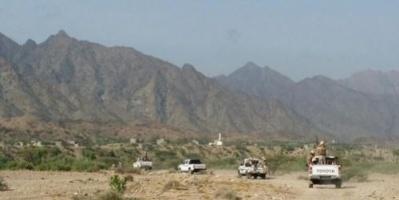 المقاومة الجنوبية بالأزارق تستعيد مواقع حدودية عقب مواجهات مع الحوثيين