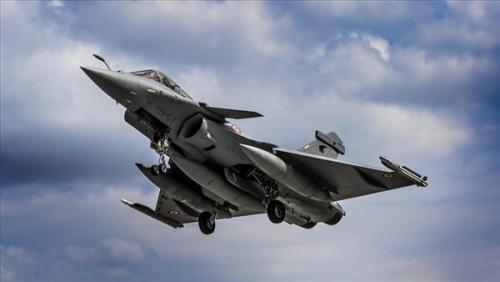 مقاتلات التحالف تسحق تعزيزات لميليشيا الحوثي مكونة من «14» طقما في عقبة القنذع كانت في طريقها الى بيحان
