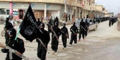 مراقبون :  القضاء على داعش لا يمكن أن يتم دون اجتثاث الأسباب التي تتيح نمو بيئة حاضنة للإرهاب