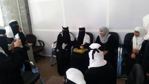 زيارة طلابية من مدرسة البناء الحديثة لإذاعة المكلا الرسمية