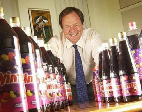 (حصري).. كيف تسببت حرب اليمن بخسائر كبيرة لشركة مشروبات بريطانية شهيرة؟