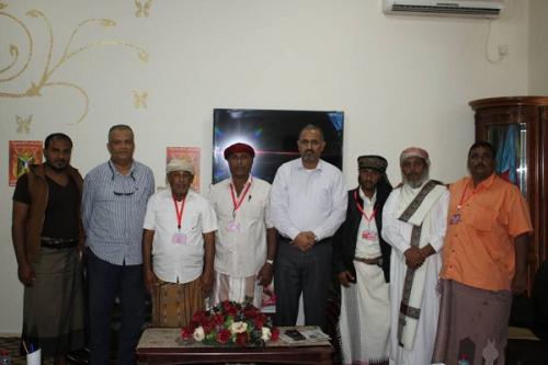 الزبيدي يلتقي أعضاء الجمعية الوطنية من سقطرى بعدن