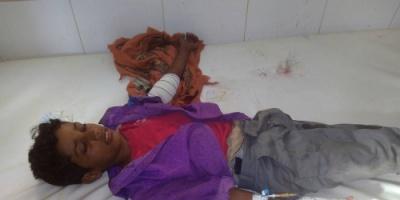 اصابة طفلين برصاص قناصة لمليشيا الحوثي جنوب حيفان بتعز