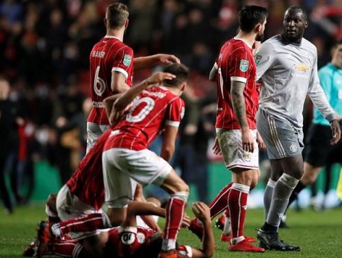 بريستول سيتي يصعق مانشستر يونايتد بإقصائه من كأس الرابطة