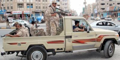 وفاة جنديين وإصابة سبعة بحادث مروري في شبوة