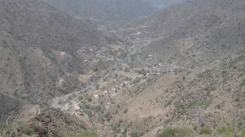"""يافع : نزوح جماعي غير مسبوق لأهالي """"رُصد"""" بسبب الجفاف"""