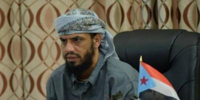 نائب الإنتقالي الجنوبي :هناك من يدفع بالمجلس لتسويته بالحوثي ومن ثم ضربه
