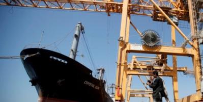 """التحالف العربي يسمح لثاني ناقلة وقود بدخول ميناء """"الحديدة"""""""