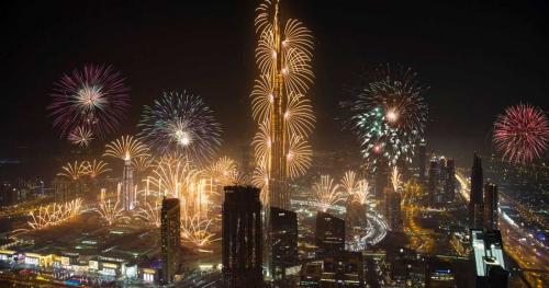 بدون ألعاب نارية «برج خليفة» يستعد لدخول «غينيس» في رأس السنة