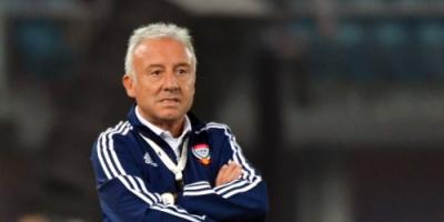 """مدرب المنتخب الإماراتي: عموري يمثل """"قوتنا الضاربة"""" في كأس الخليج"""