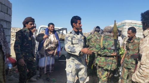 قائد الحزام الأمني بلحج وقطاع يافع يتفقد الجاهزية القتالية في خطوط التماس بيافع