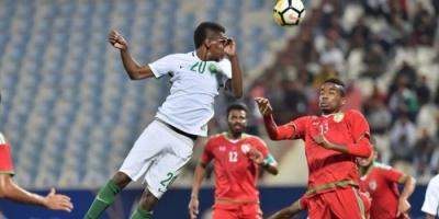"""عمان تطيح بالسعودية وتتأهل رفقة الإمارات لنصف نهائي """"خليجي 23"""""""