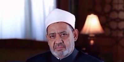 شيخ الأزهر يدعو مسلمي مصر لمشاركة الأقباط الاحتفال بعيدهم رداً على هجوم كنيسة حلوان