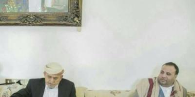 قيادي حوثي : الشيخ الأحمر وقيادات إصلاحية حلفاء لنا ضد (العدوان)